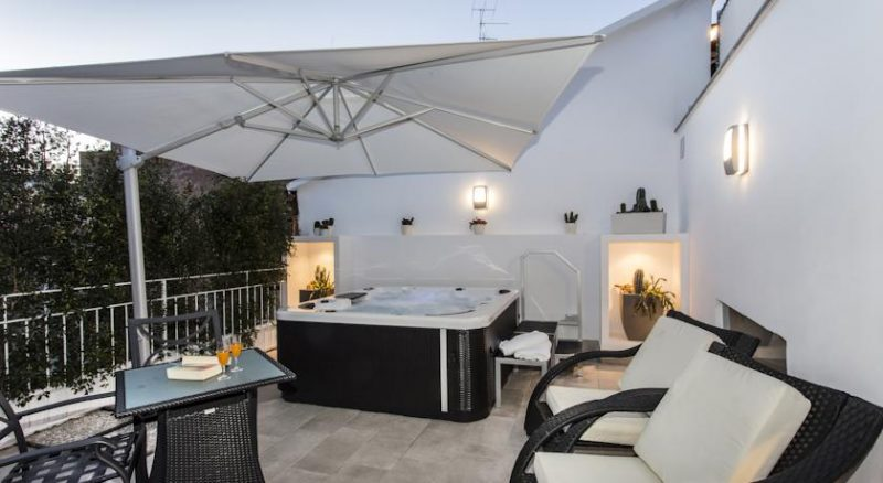 Sorrento in love -  Suite with private Jacuzzi
